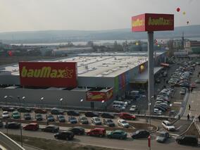 bаuMax откри хипермаркети във Варна и Русе